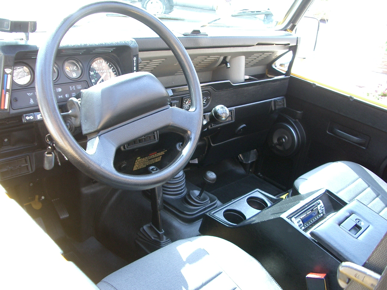 Pictures Of Land Rover Defender 90 1994 Auto Database Com