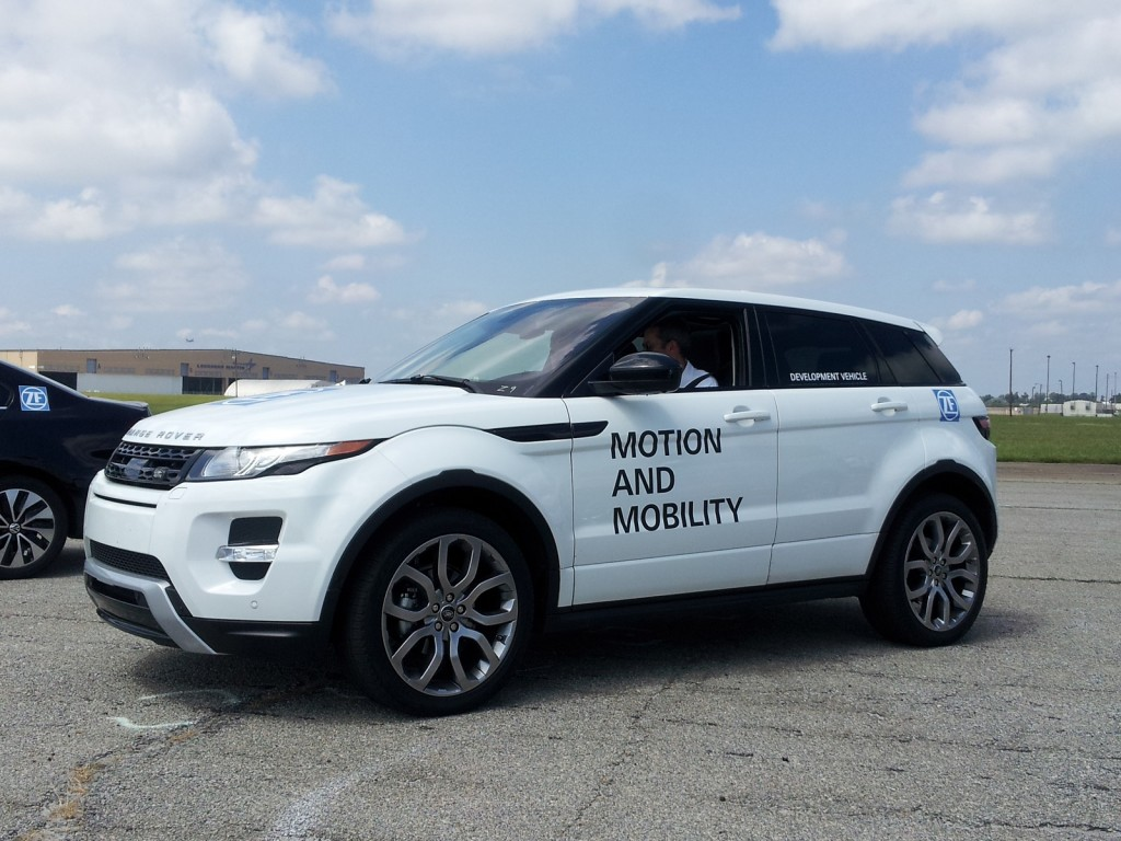 2014 land rover range rover evoque pictures information and specs auto. Black Bedroom Furniture Sets. Home Design Ideas