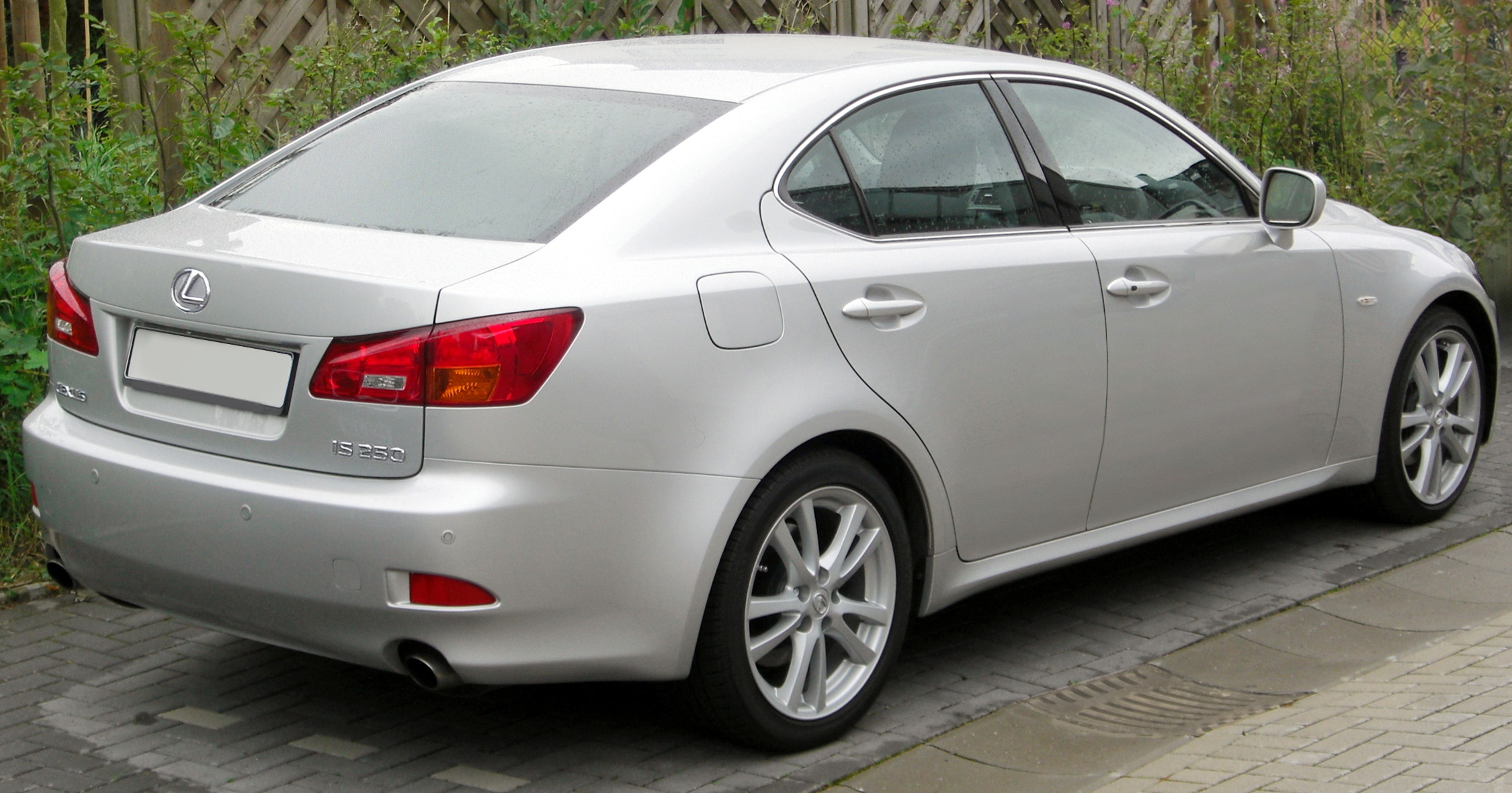 Pictures of lexus ls iv 2008
