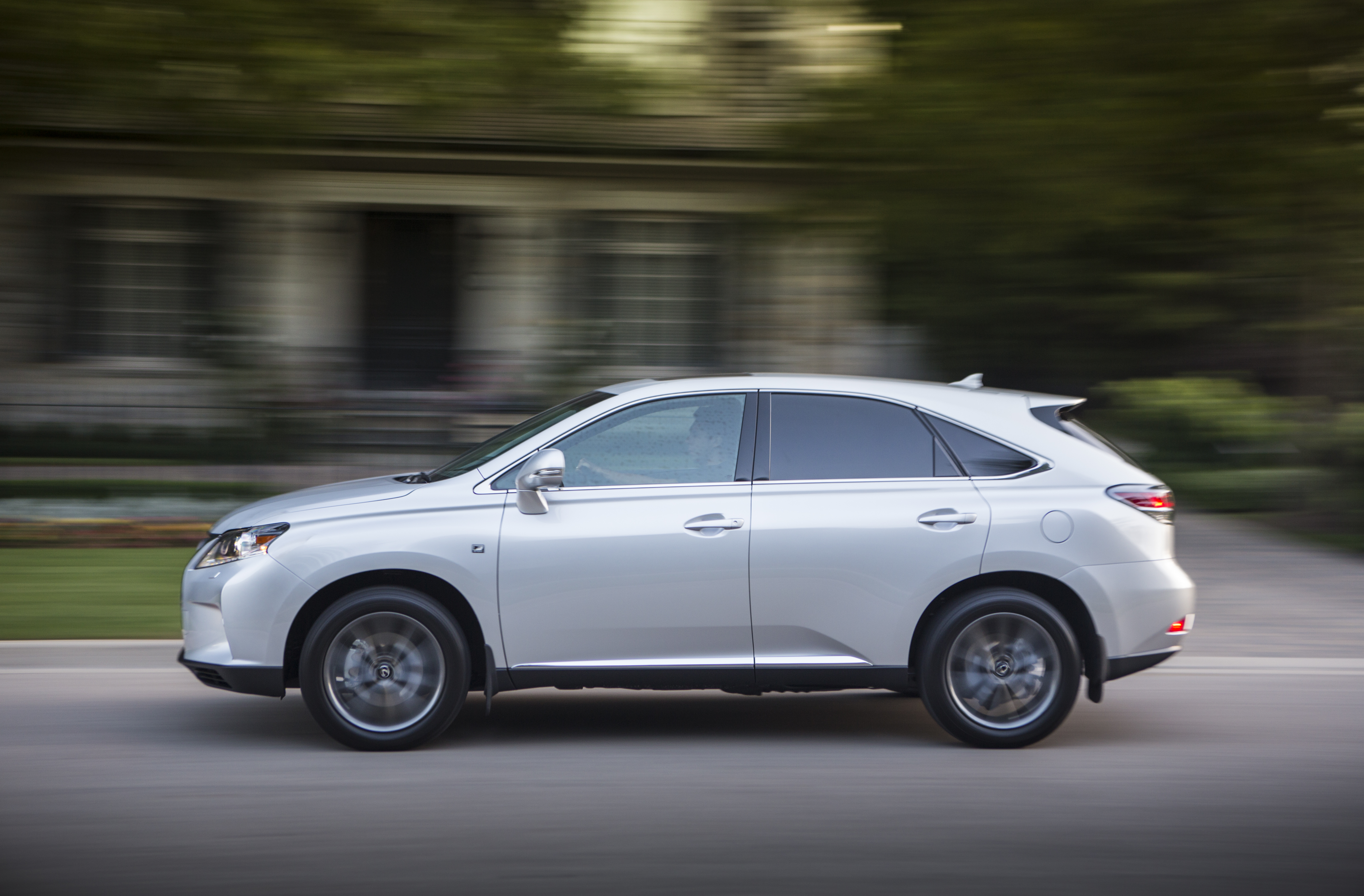Pictures of lexus rx iii 2013