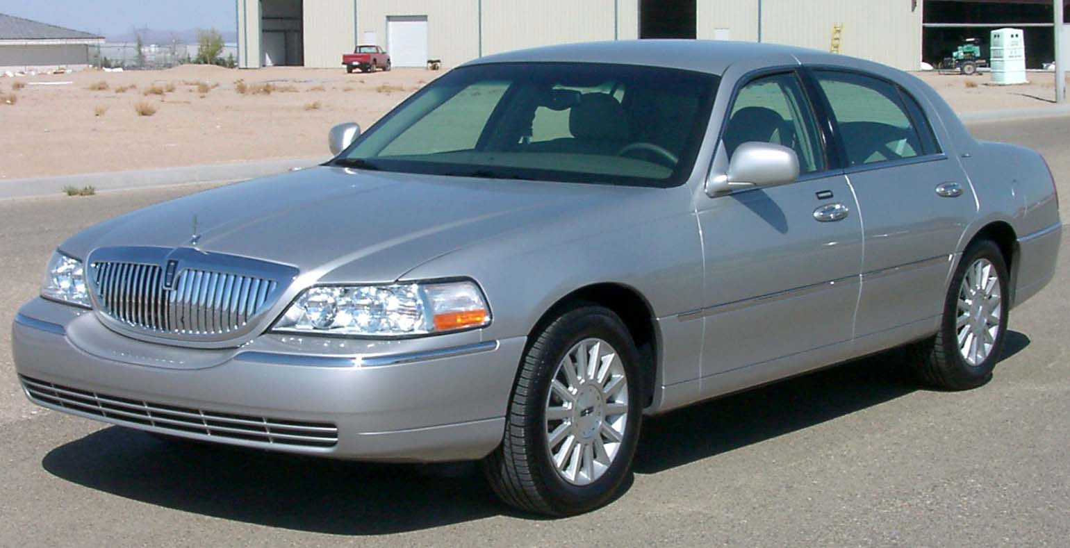 2003 lincoln town car pictures information and specs auto. Black Bedroom Furniture Sets. Home Design Ideas