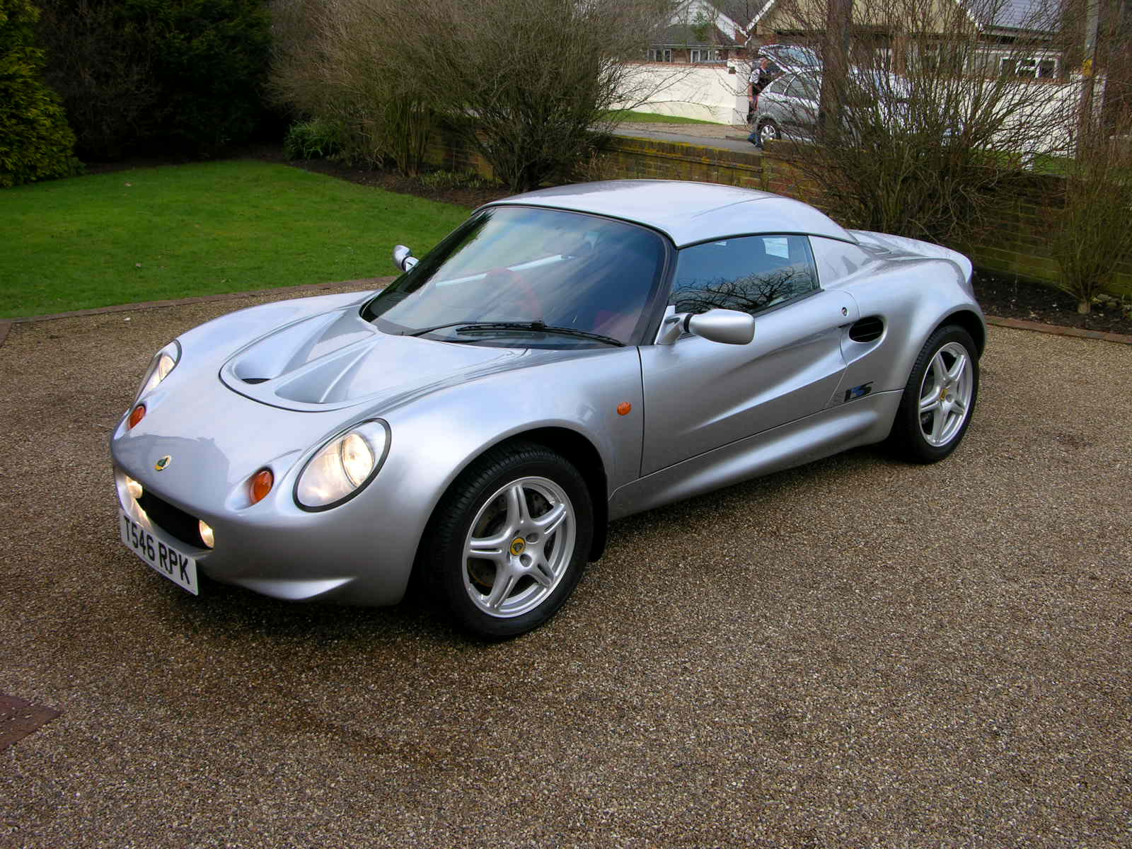 http://auto-database.com/image/pictures-of-lotus-elise-1996-167278.jpg