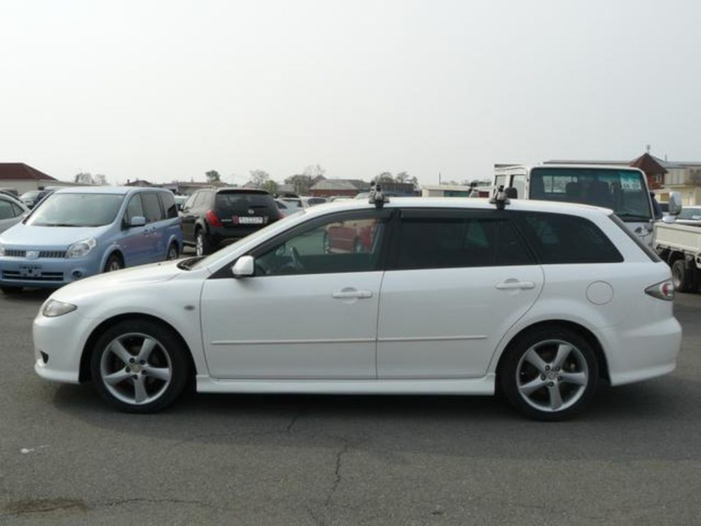 Pictures of mazda atenza ii sport wagon 2007