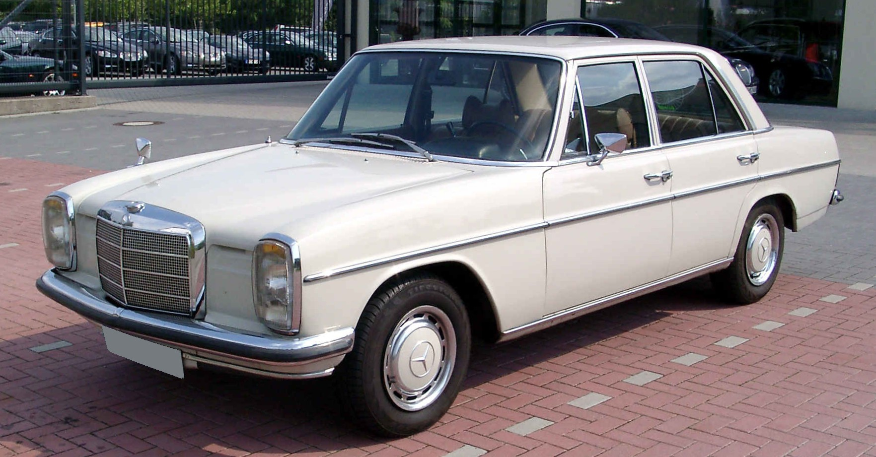 Pictures of mercedes w114/w115
