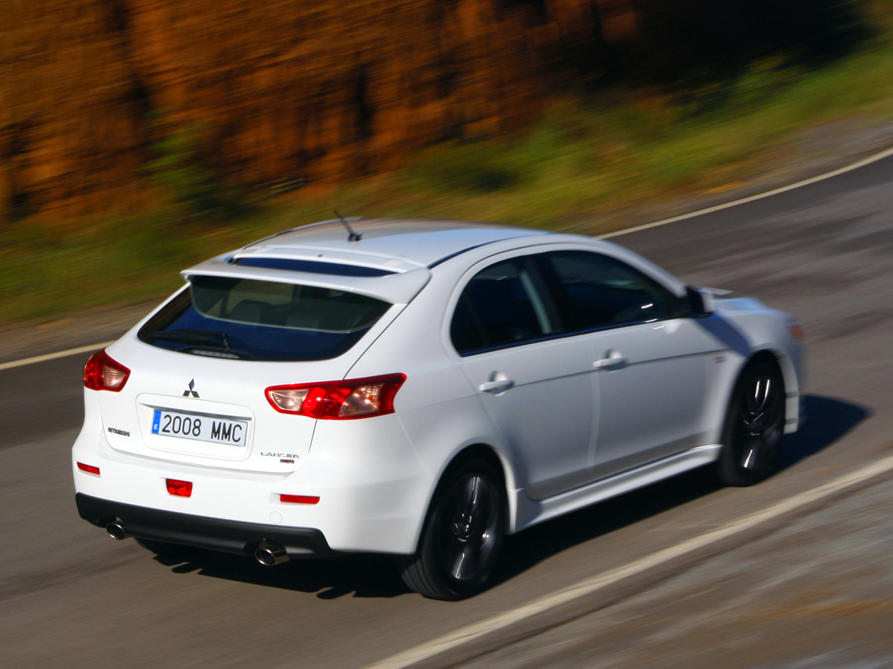 Pictures of mitsubishi lancer x (10) sportback 2014