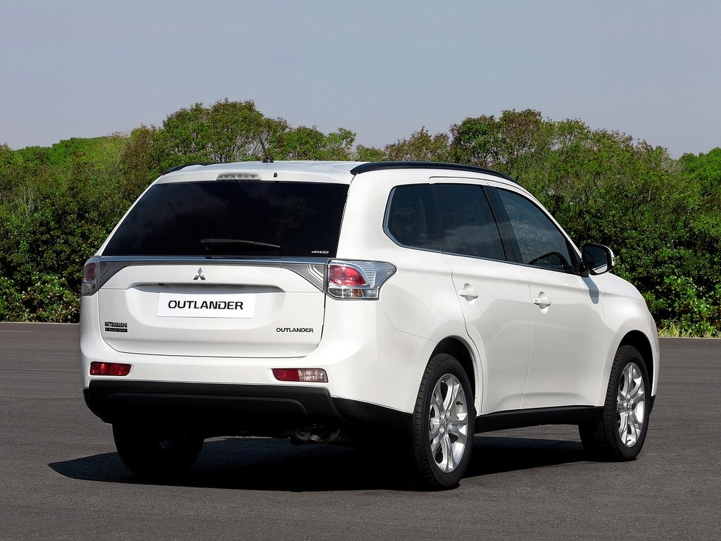Pictures of mitsubishi outlander ii 2013 #8