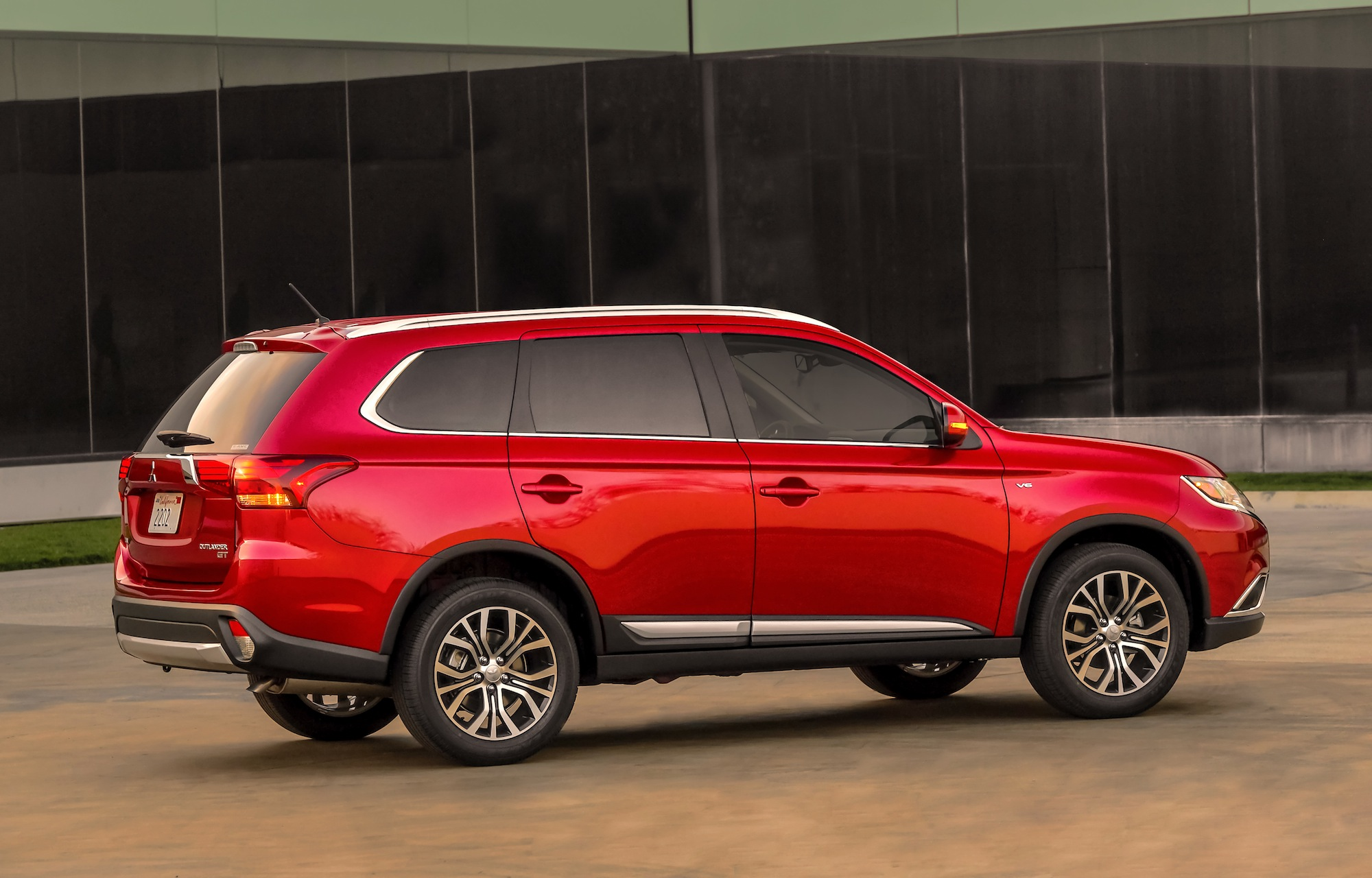 Pictures of mitsubishi outlander ii 2016 #13