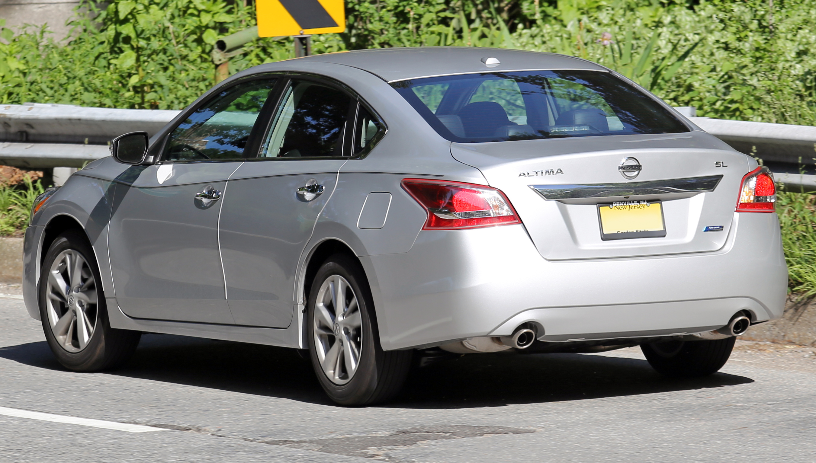 Pictures of nissan altima #13