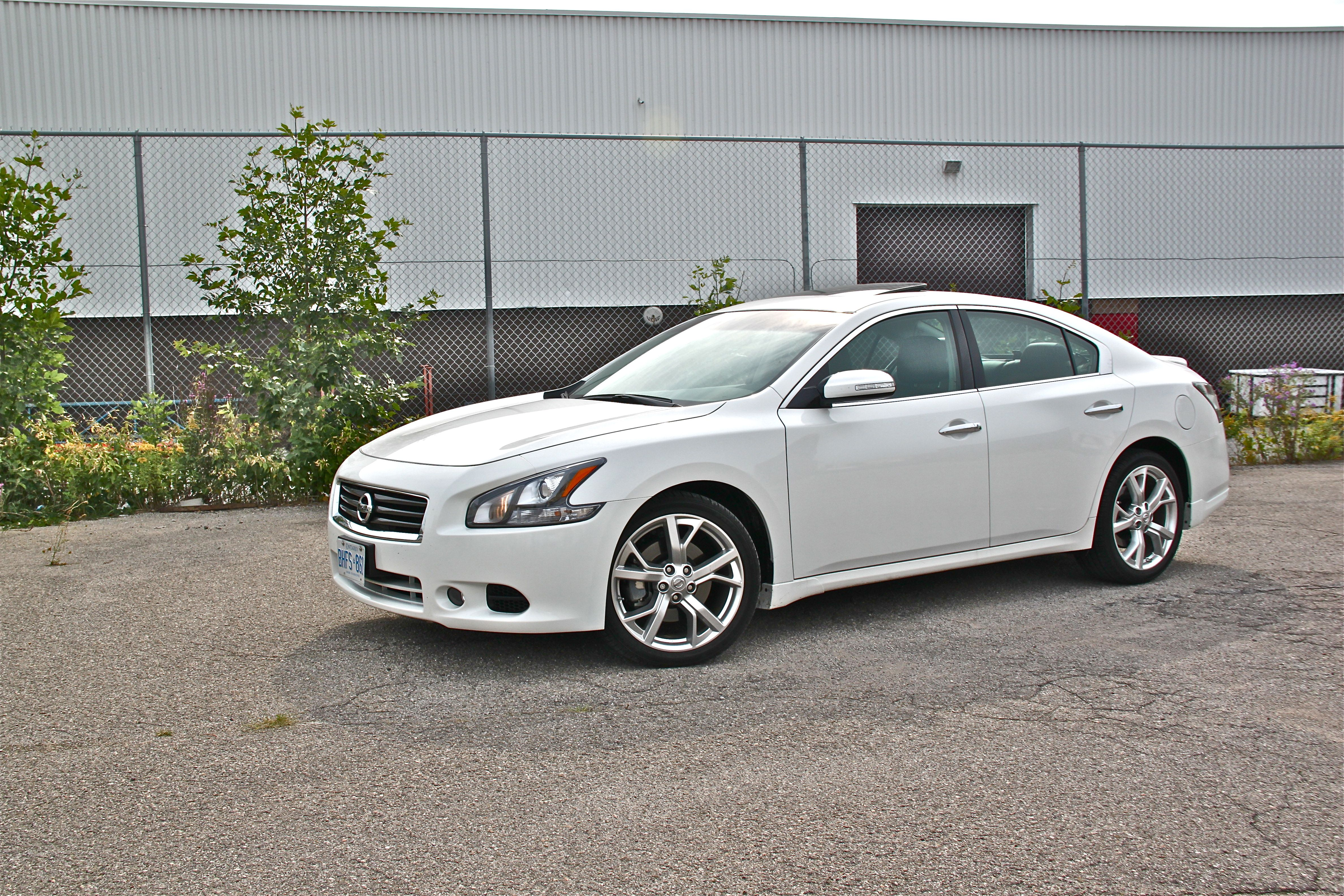 Pictures of nissan maxima #10