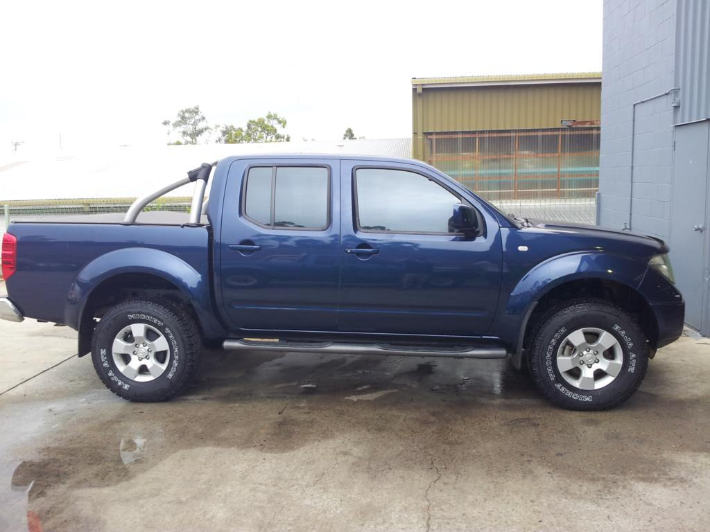 Pictures of nissan navara d40 2007