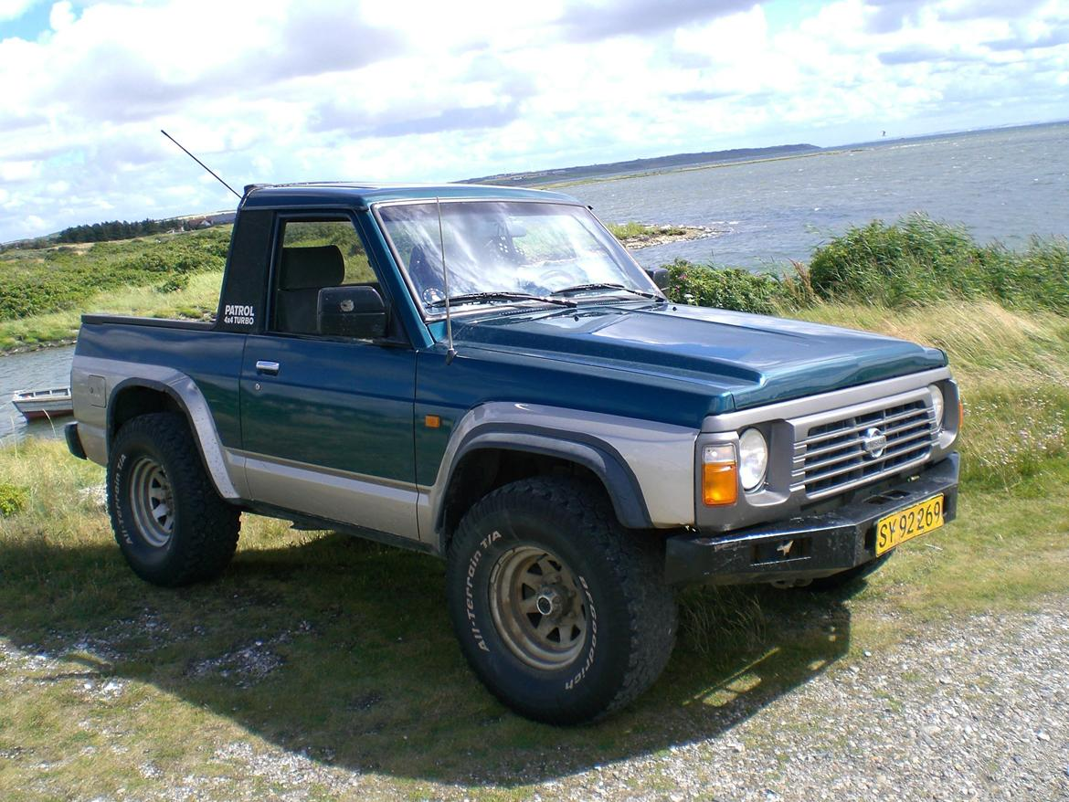 Pictures of nissan patrol gr i (y60) 1996