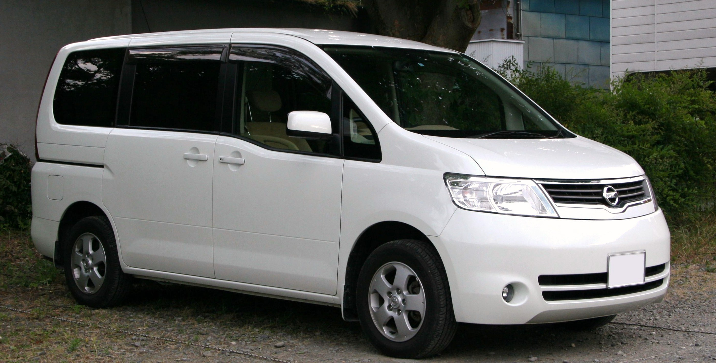 2000 Nissan Serena (c24) – pictures, information and specs ...