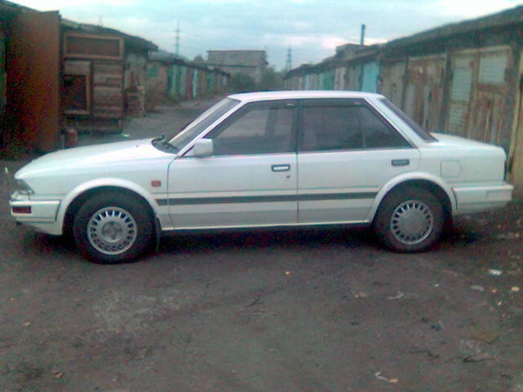 Pictures of nissan stanza #9