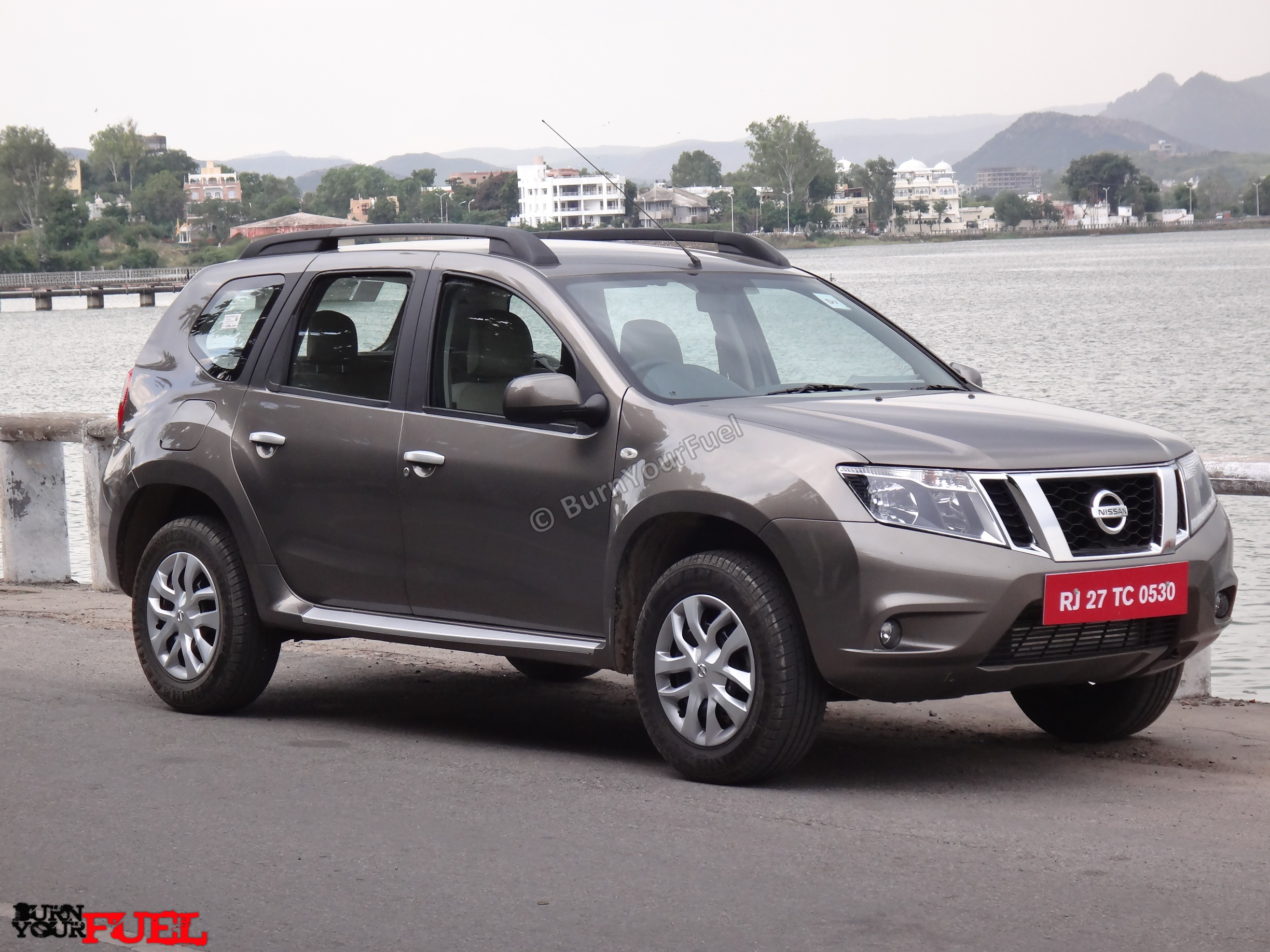 Pictures of nissan terrano #4