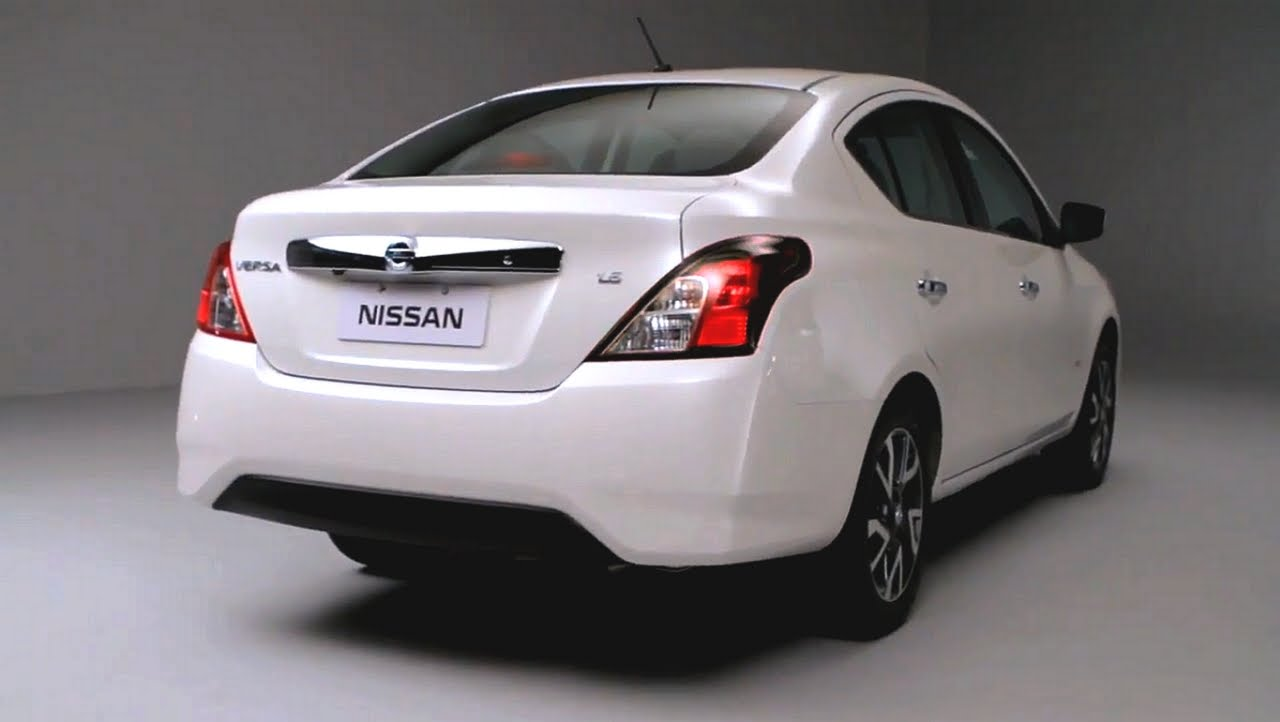 Pictures of nissan tiida 2016
