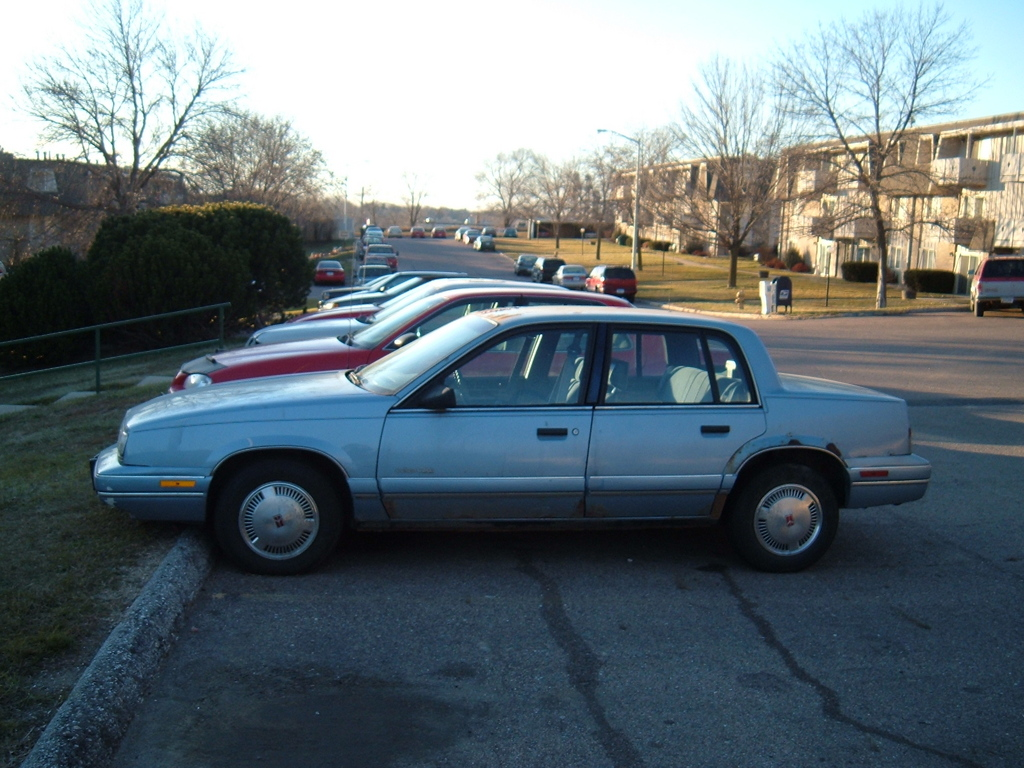 Pictures of oldsmobile cutlass calais 1991
