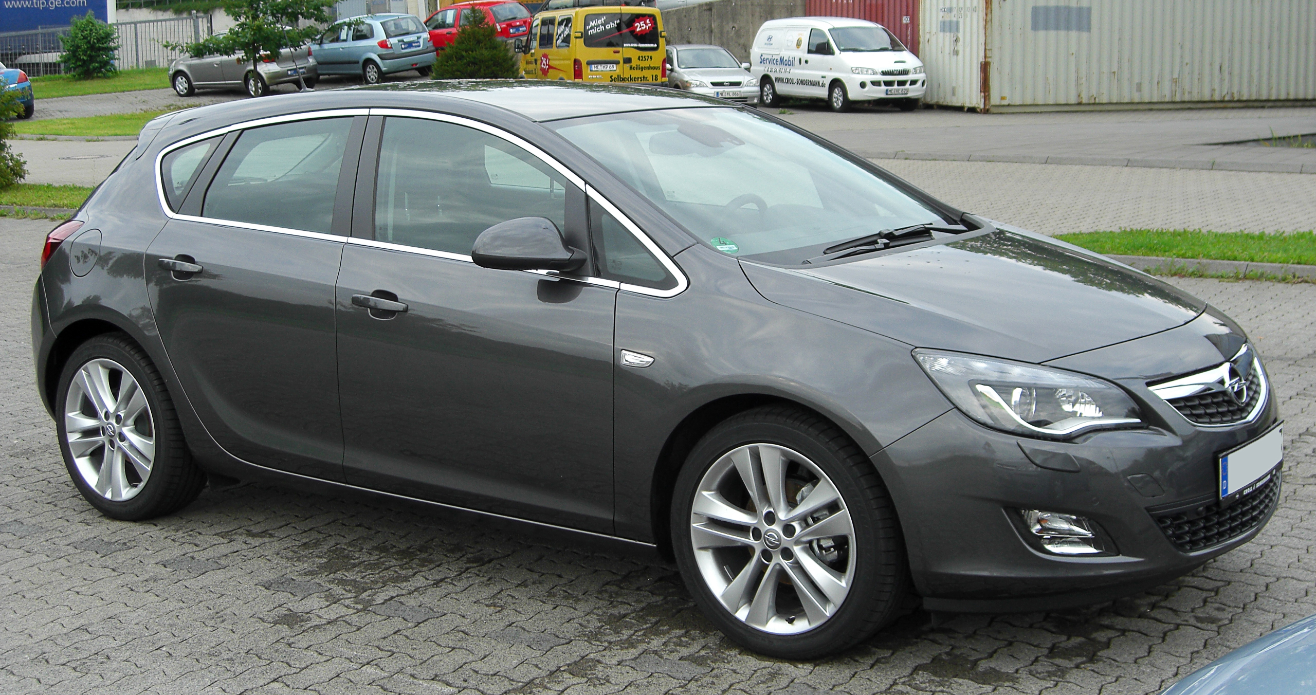 Pictures of opel astra j 2010