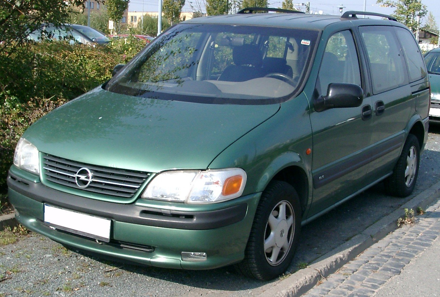 Pictures of opel sintra 1996