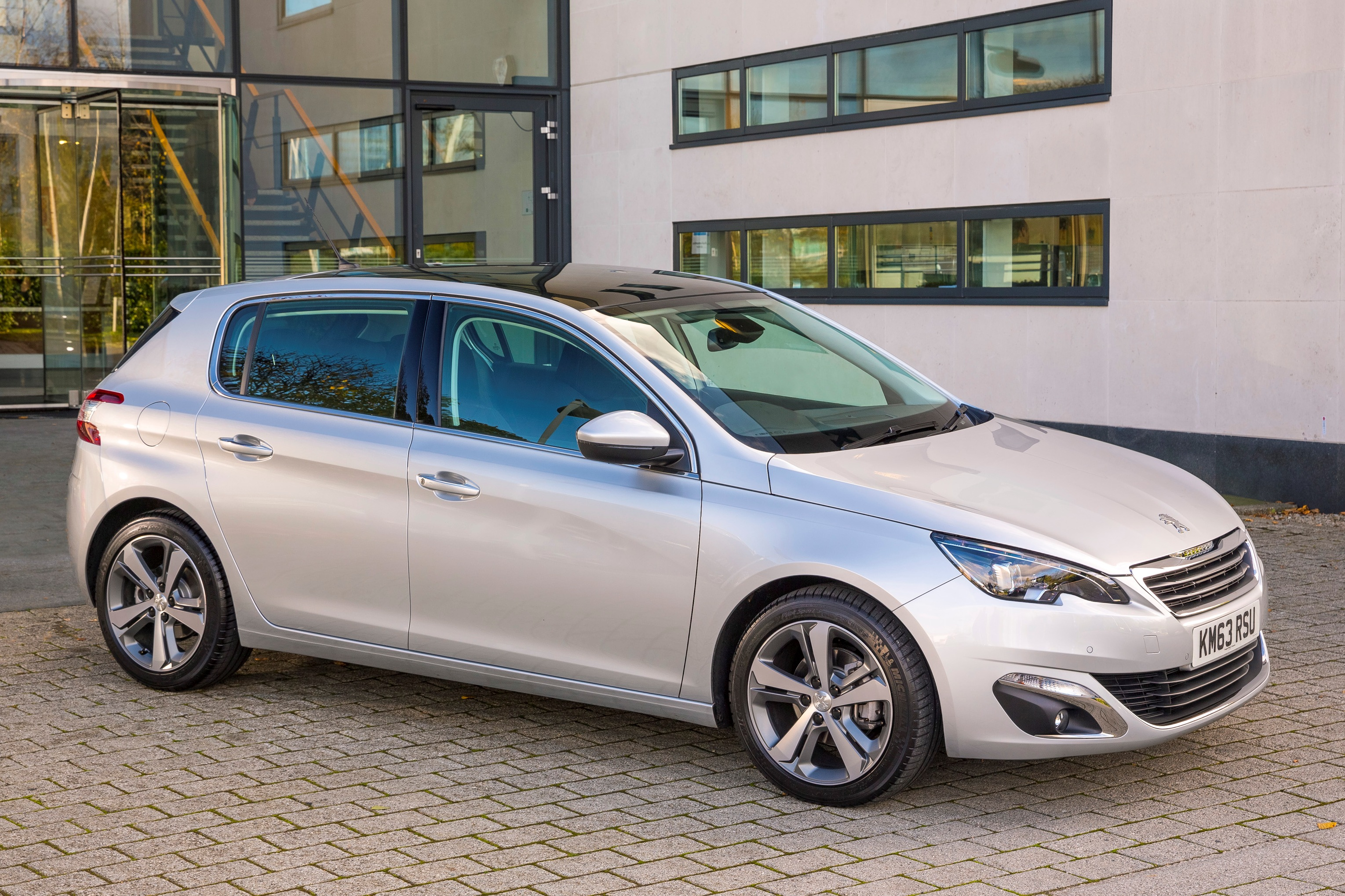 Pictures Of Peugeot 308 2016 Auto Database Com