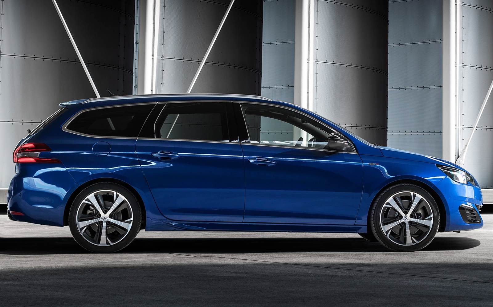 2015 peugeot 308 sw � pictures information and specs