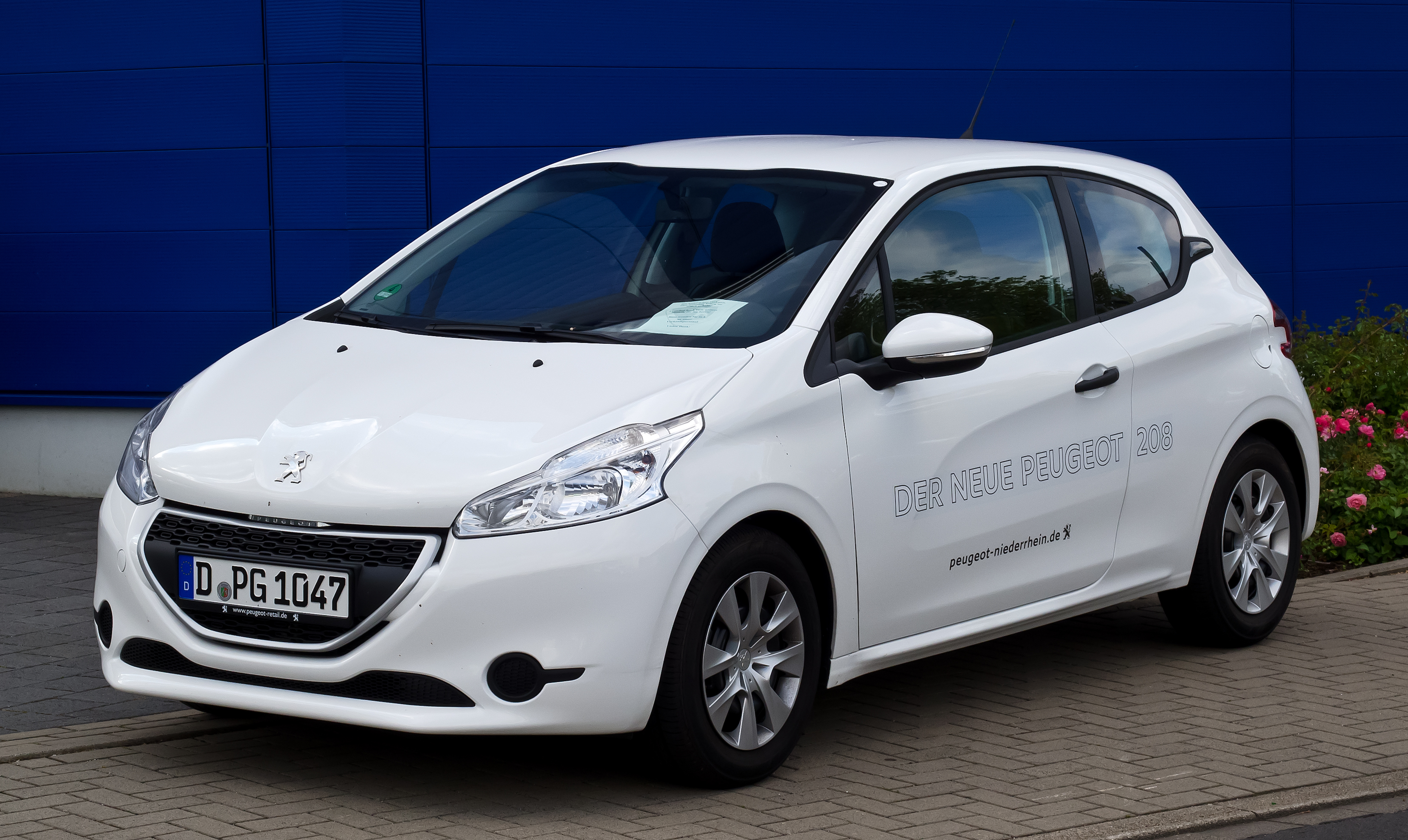 Pictures of peugeot #8