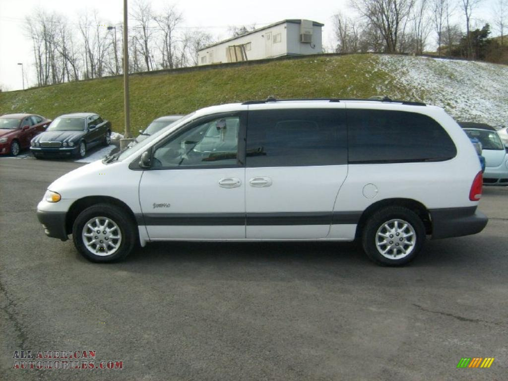 Pictures of plymouth grand voyager #3