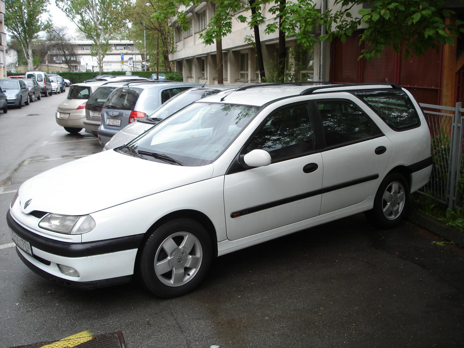 Pictures of renault laguna (b56) 1997