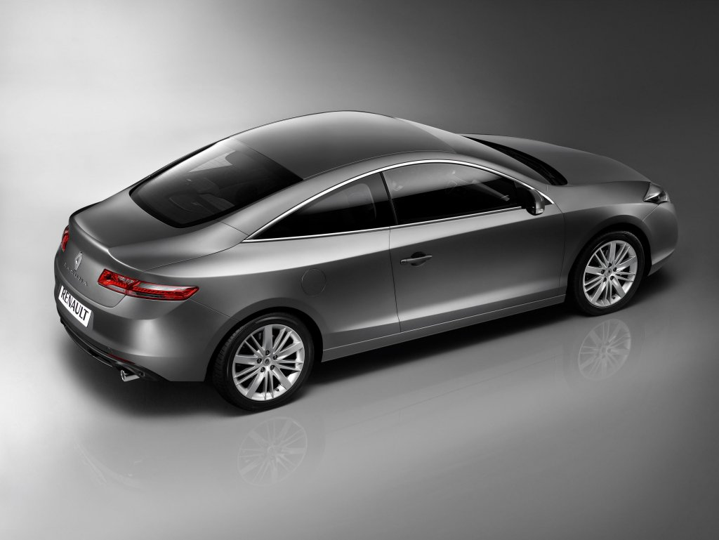 Pictures of renault laguna iii coupe 2009