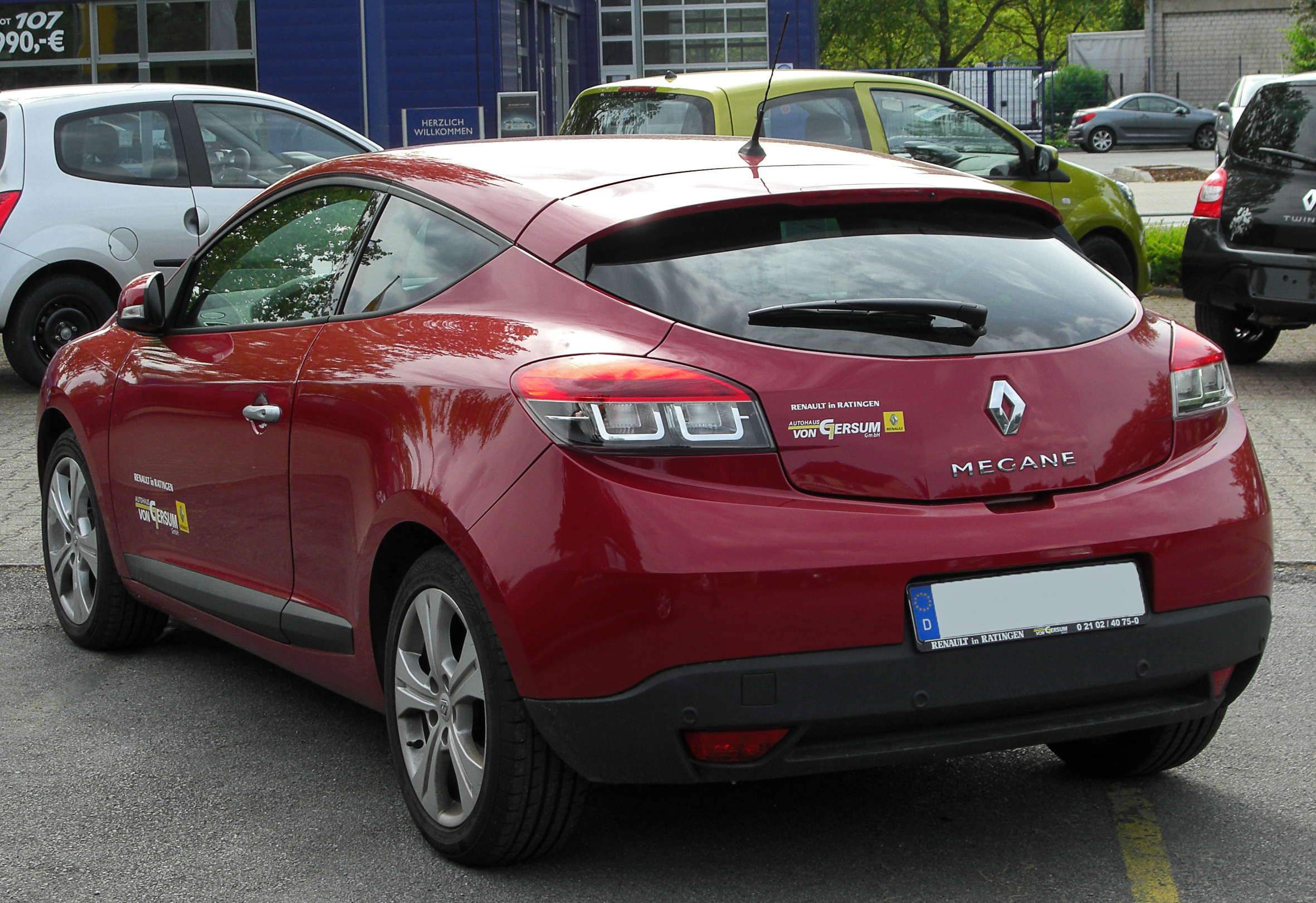 Pictures of renault megane iii 2010