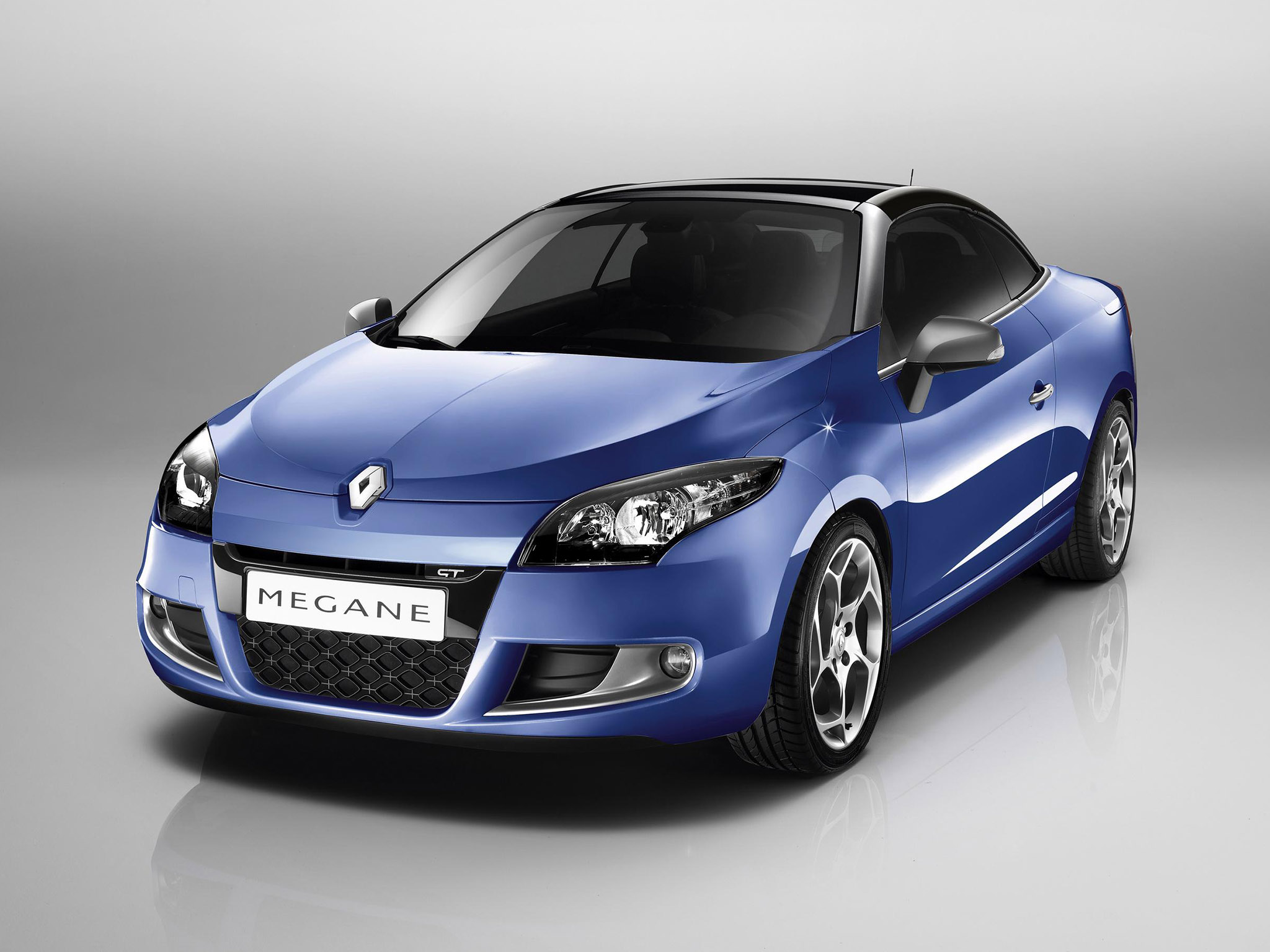Pictures of renault megane iii cc 2010
