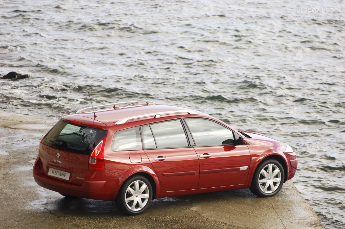 Pictures of renault megane iii estate 2008