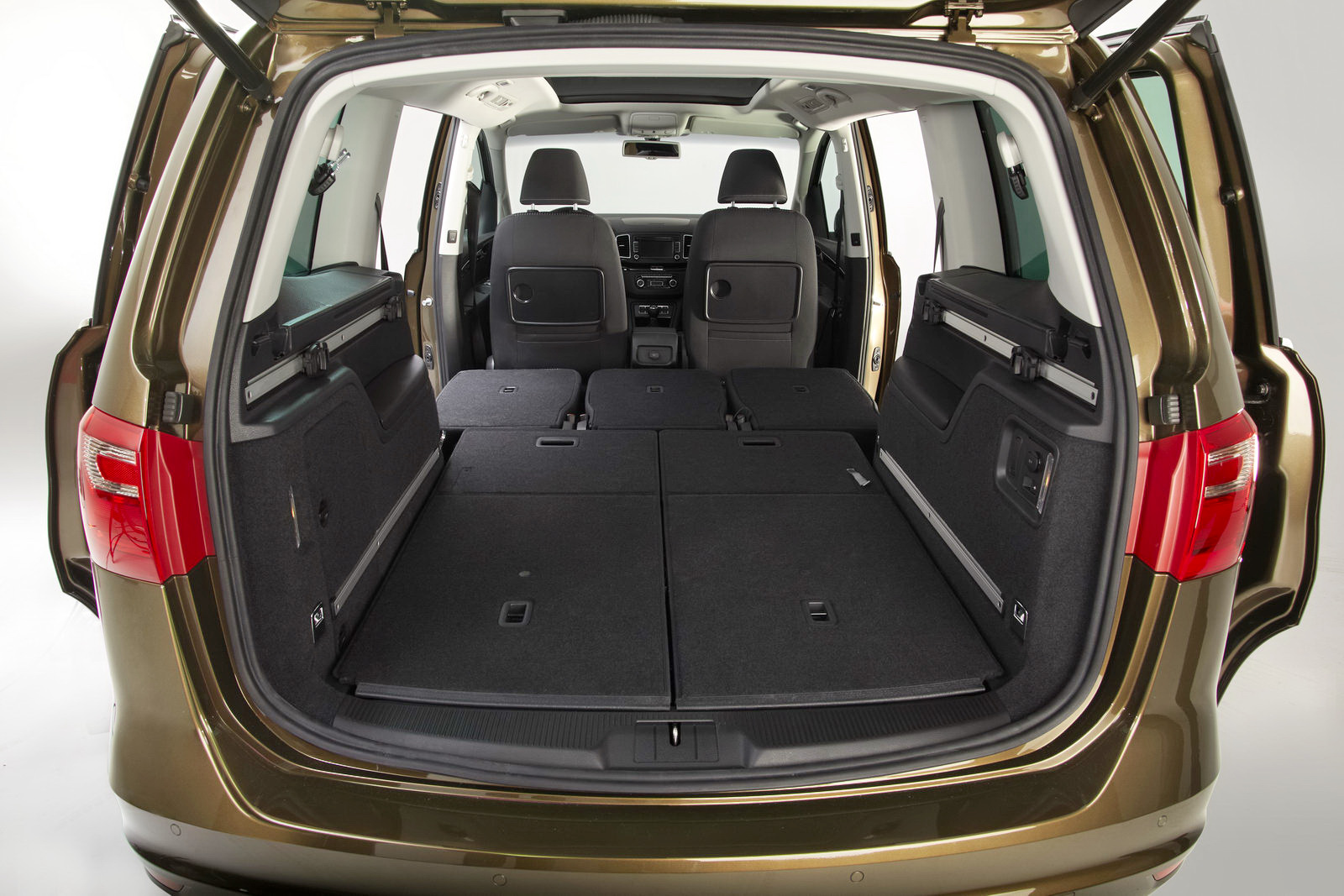 Pictures of seat alhambra