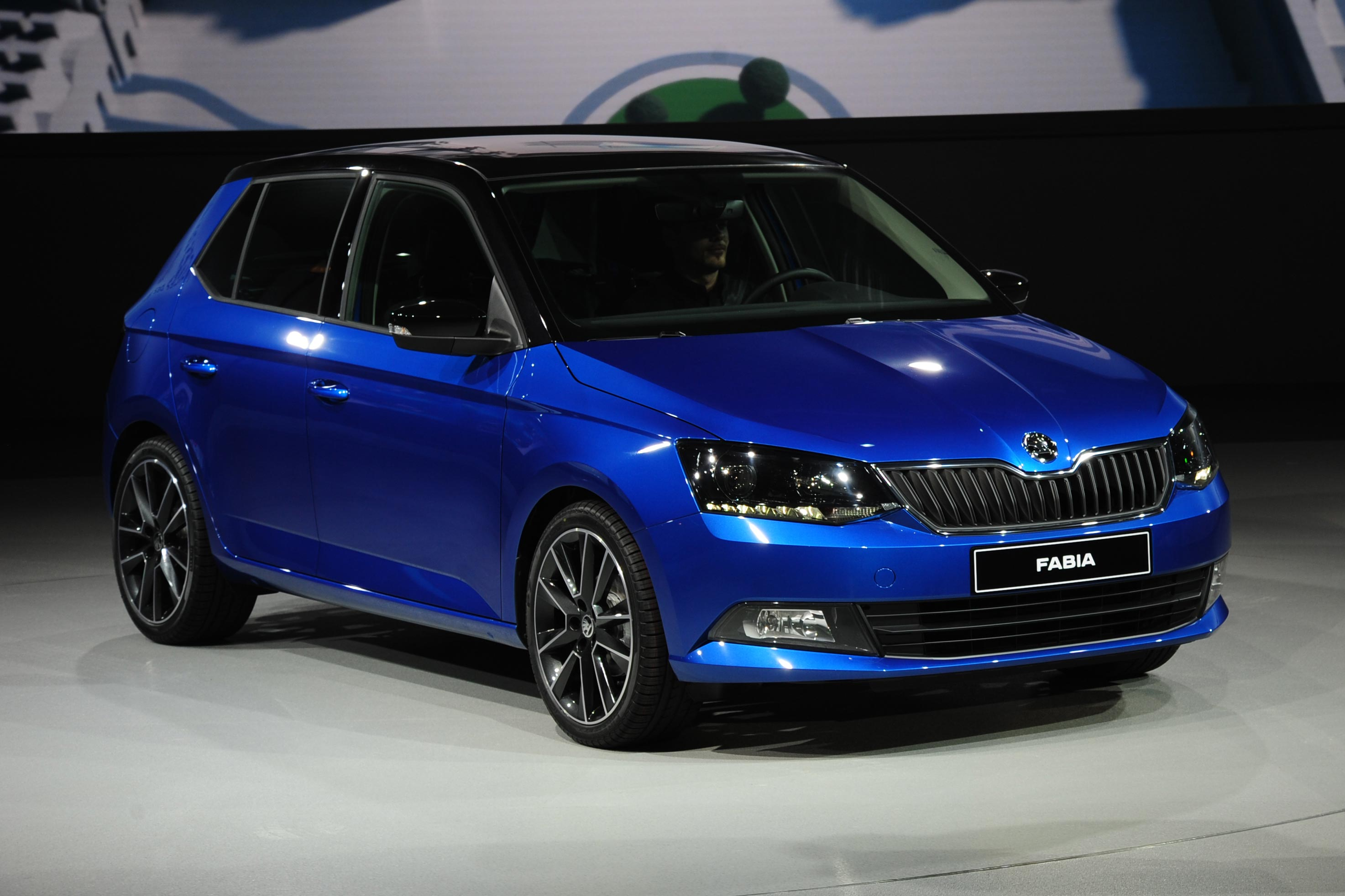 Pictures of skoda fabia ii 2015