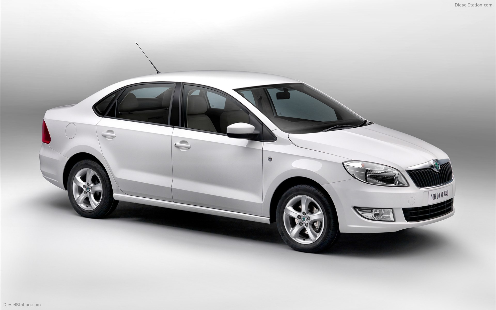 Pictures of skoda rapid
