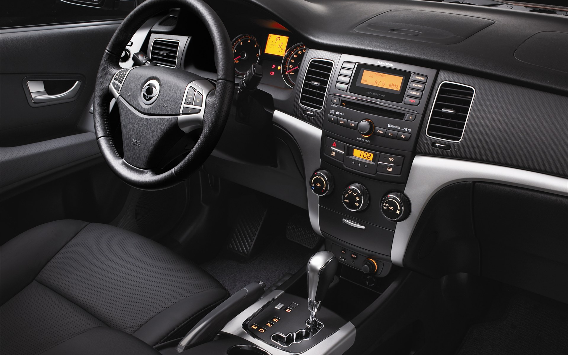 Pictures of ssangyong rexton ii 2012