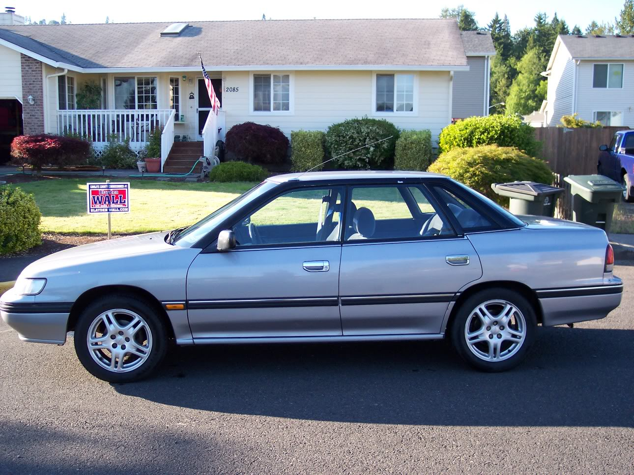 Pictures of subaru legacy 1992