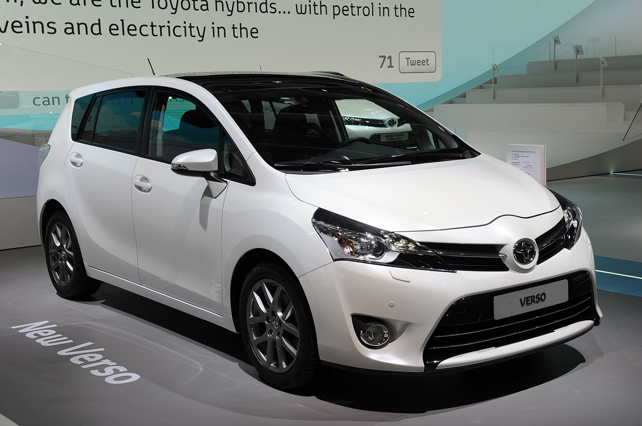 Pictures of toyota corolla verso 2013