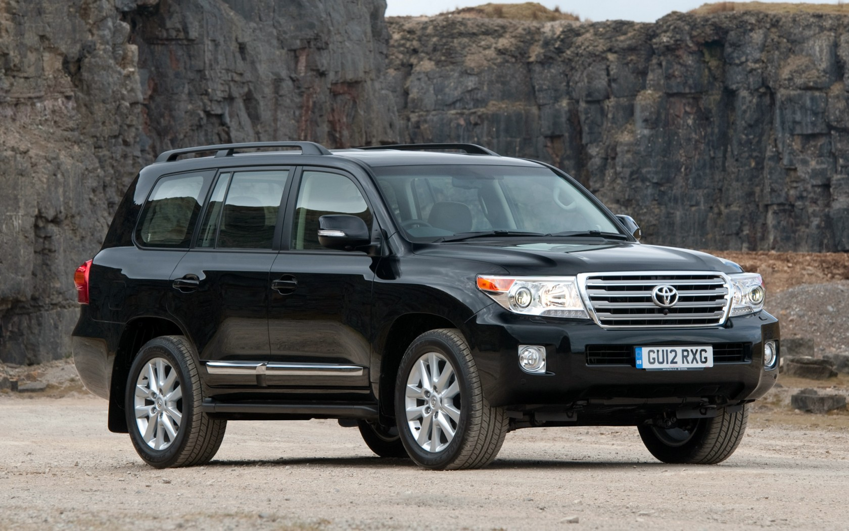 2009 toyota land cruiser 200 pictures information and. Black Bedroom Furniture Sets. Home Design Ideas