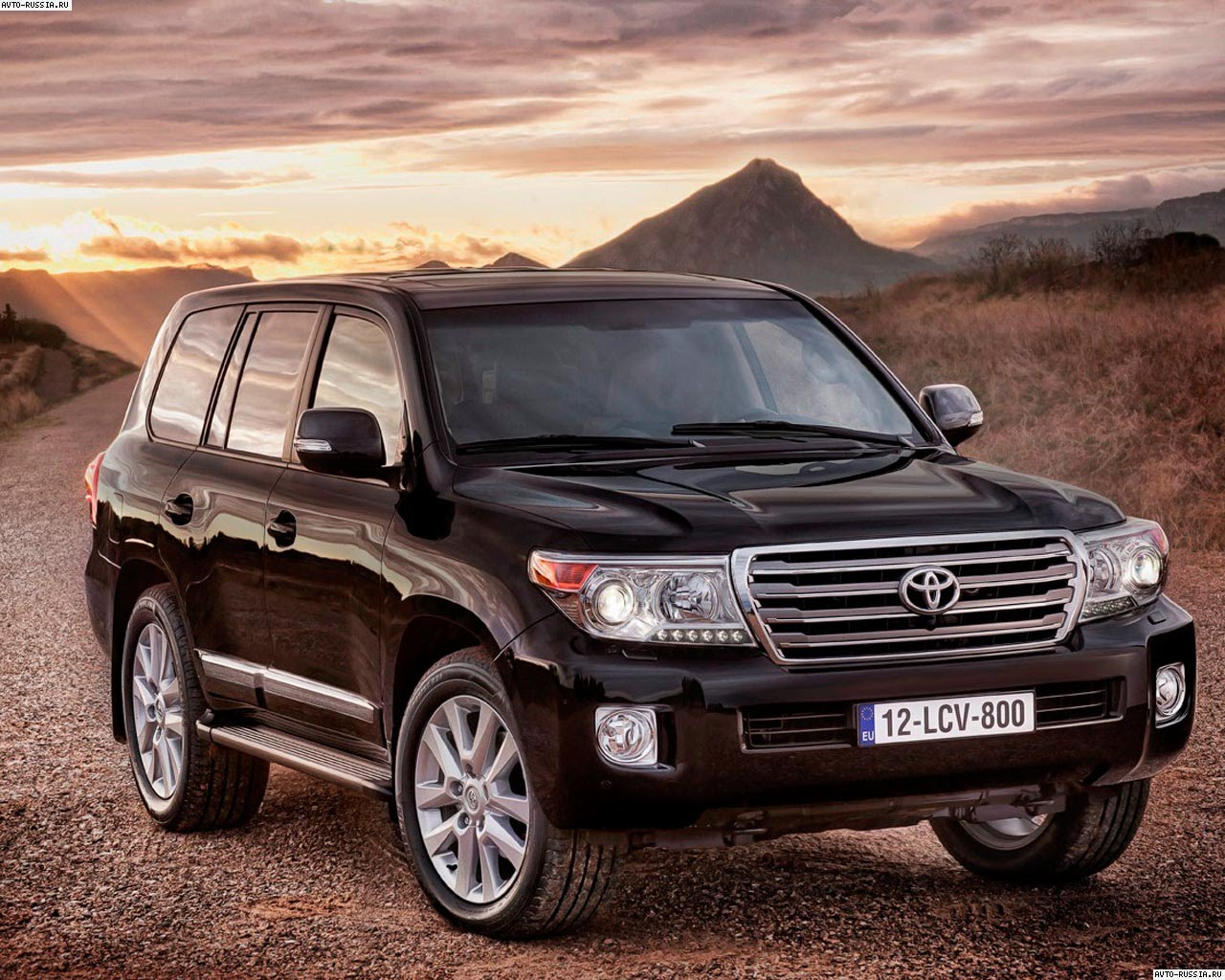 2015 toyota land cruiser 200 pictures information and specs auto. Black Bedroom Furniture Sets. Home Design Ideas