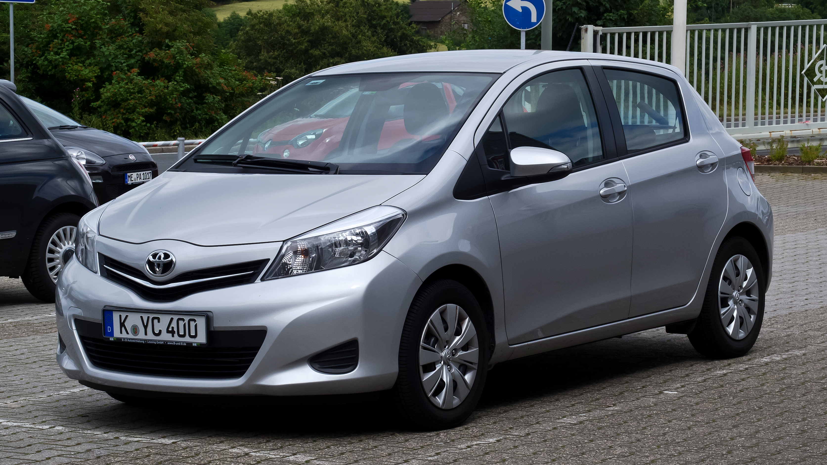 Toyota Yaris   pictures, information and specs - Auto-Database.com