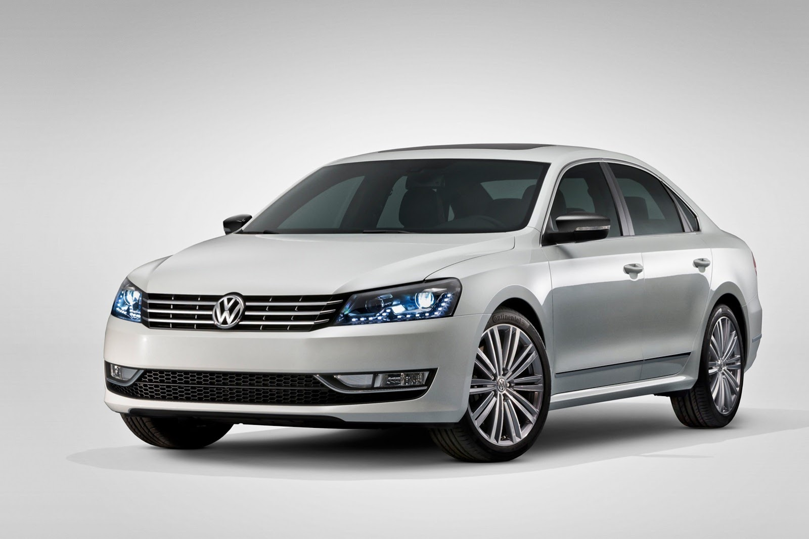 Pictures of volkswagen passat