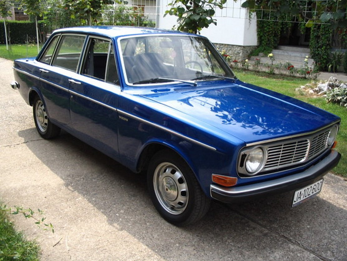 Pictures of volvo 140