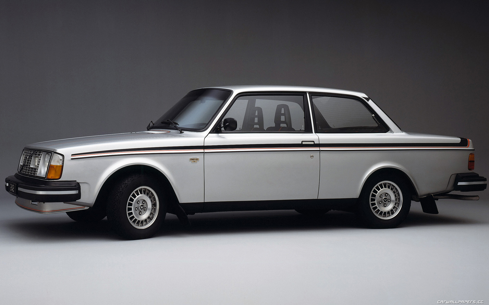 Volvo 240 Pictures Information And Specs Auto Databasecom