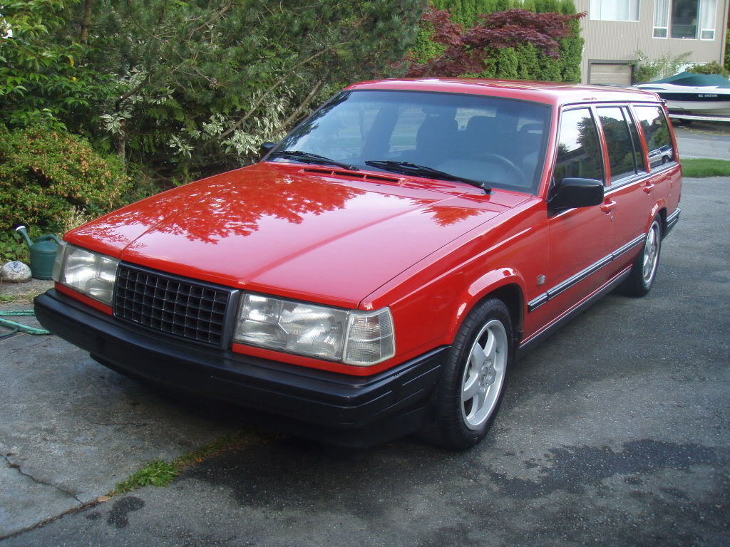 1992 Volvo 940 kombi (945) – pictures, information and specs