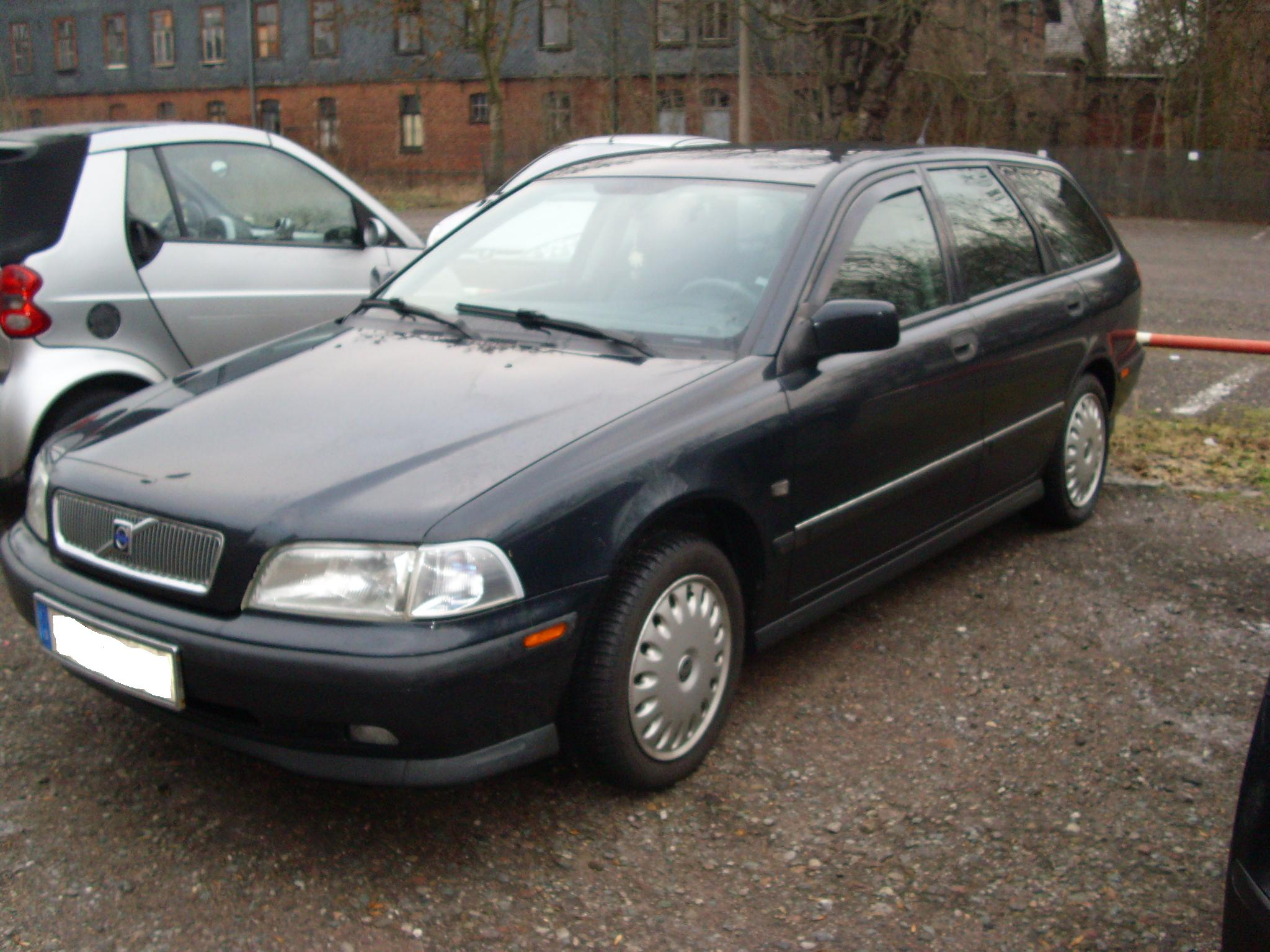 1999 volvo v40 pictures information and specs auto. Black Bedroom Furniture Sets. Home Design Ideas