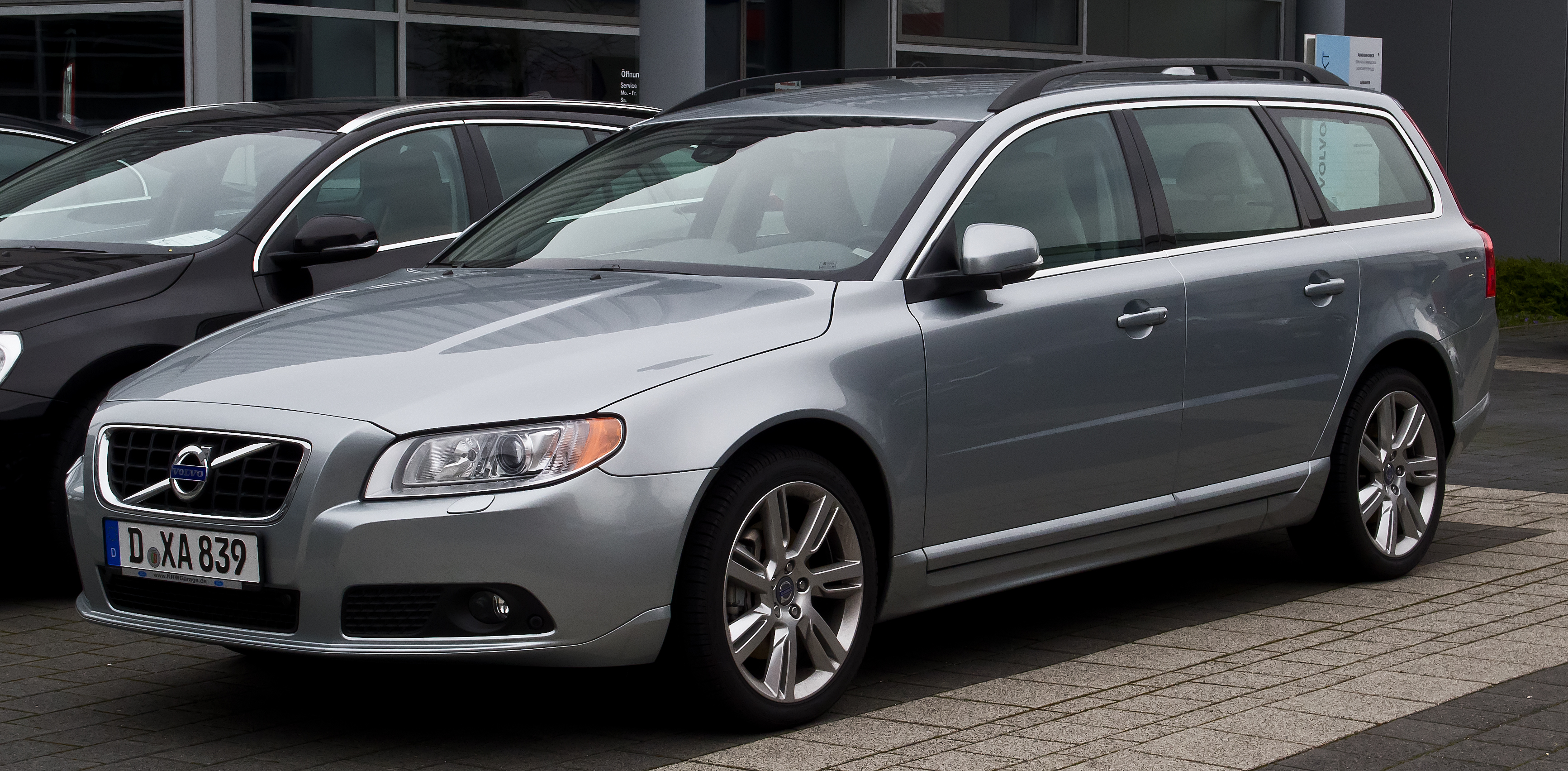 Pictures of volvo v70 11