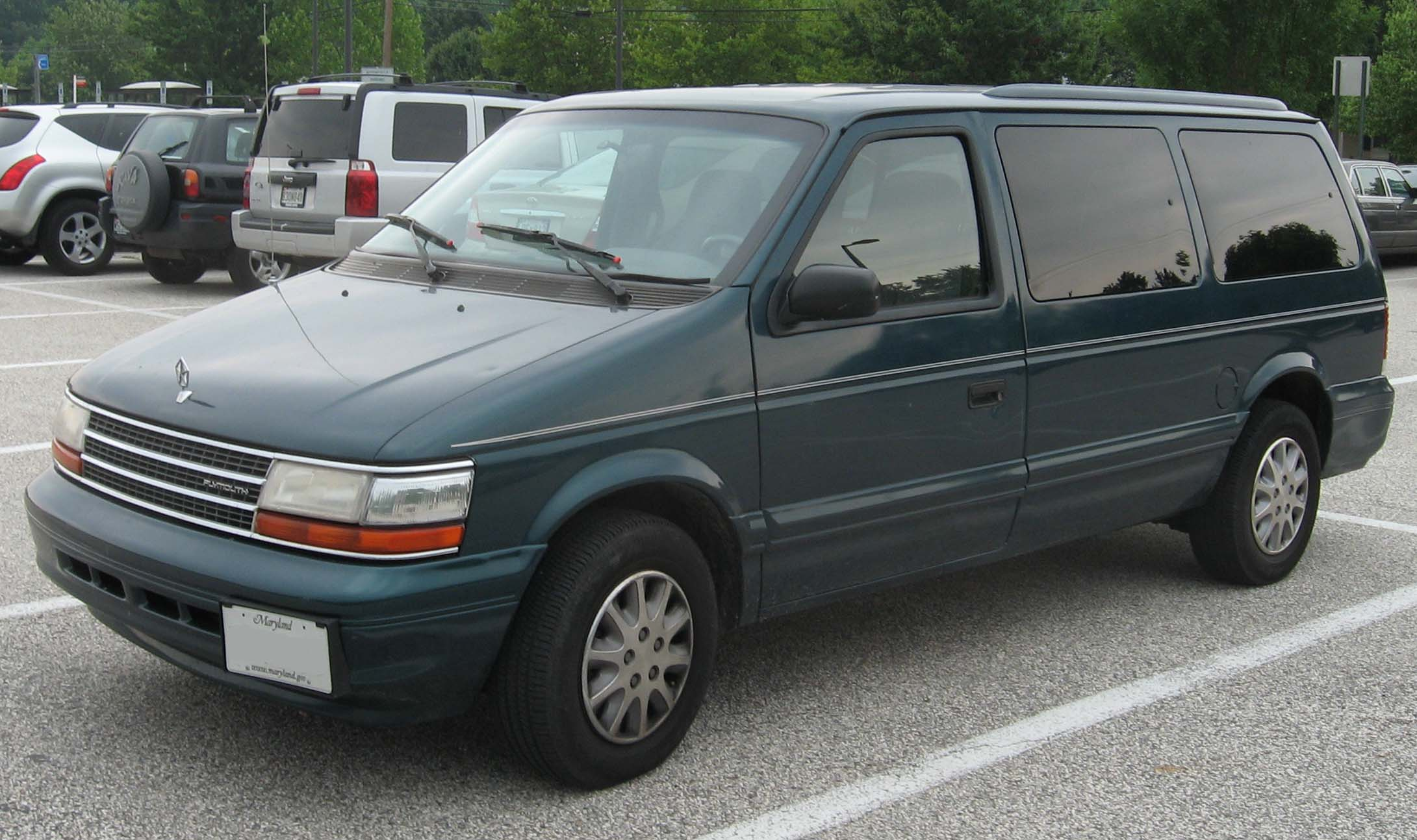 plymouth grand voyager pictures #2