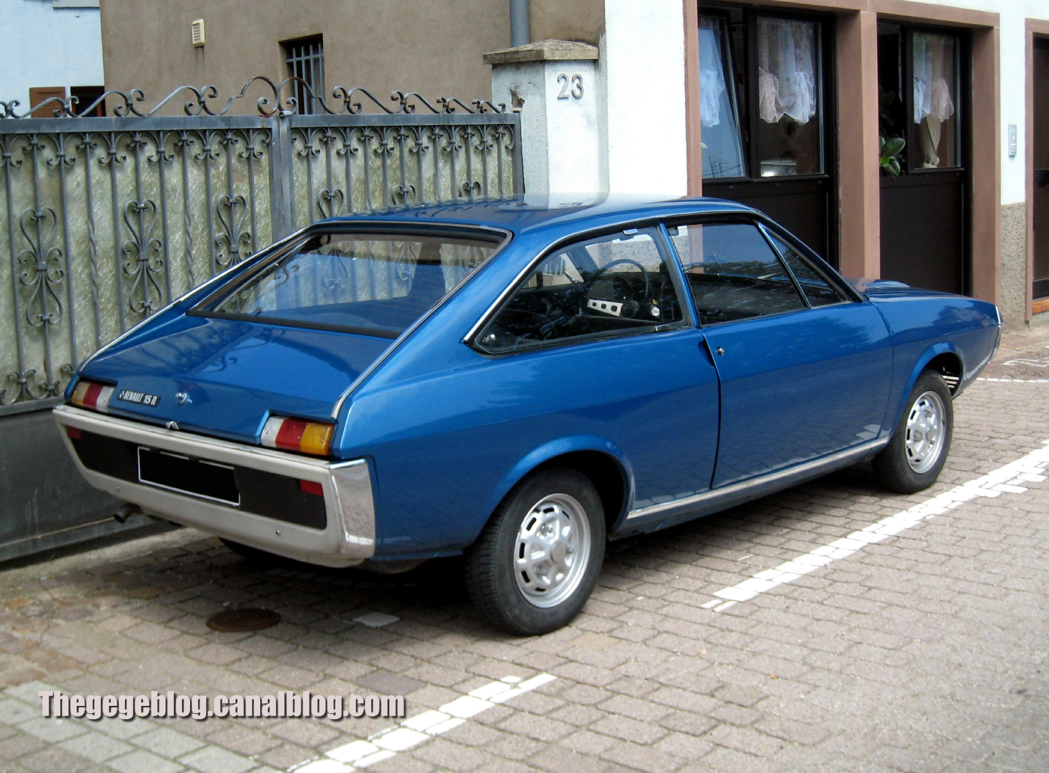 Renault 15 – pictures, information and specs - Auto-Database.com