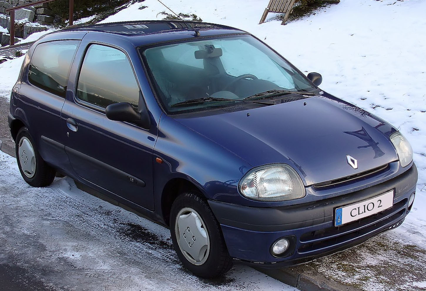 2000 renault clio ii sport pictures information and specs auto. Black Bedroom Furniture Sets. Home Design Ideas