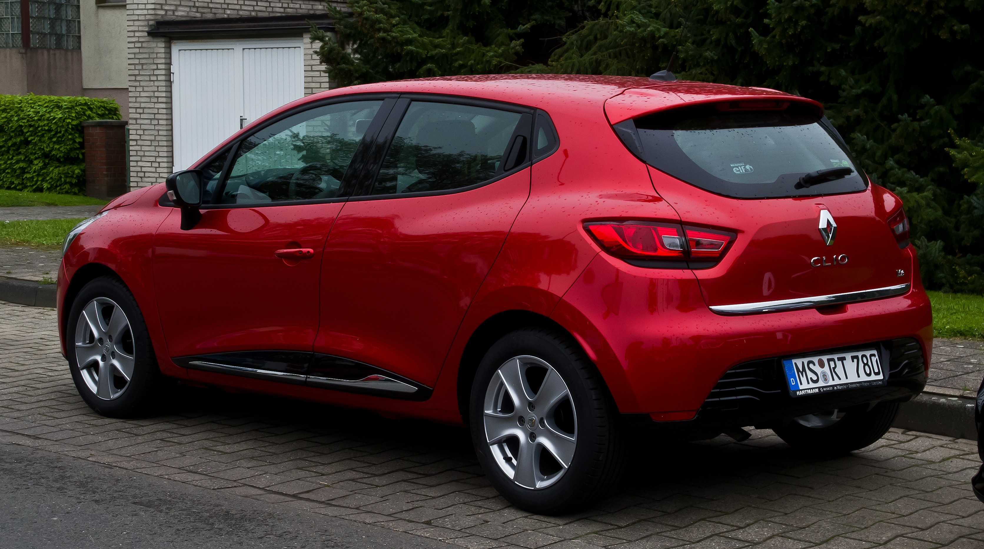 Renault Clio   pictures, information and specs - Auto-Database.com